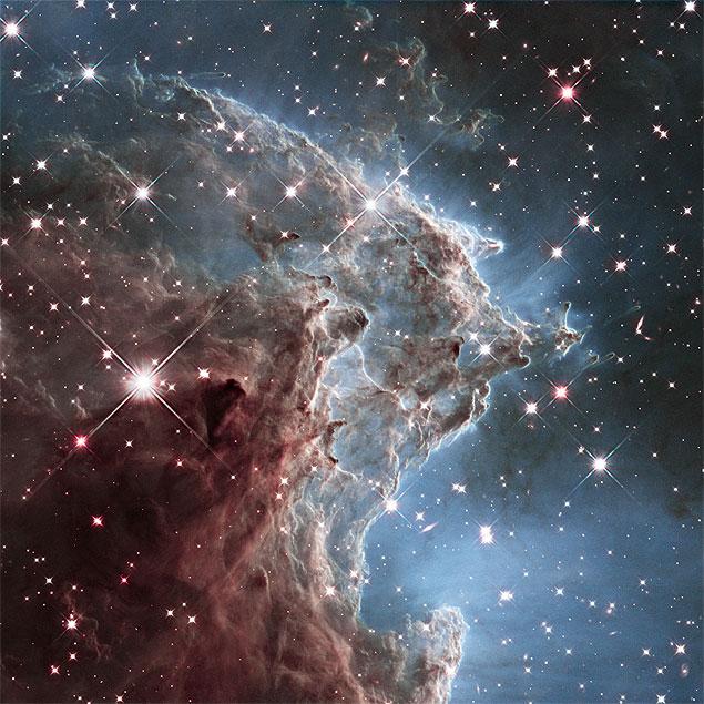 Imagem em infravermelho obtida pelo Hubble para comemorar seus 24 anos