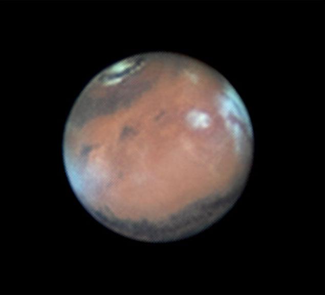 Marte registrado pelos astrofotógrafos Gabriela e Flavio Carvalho, em Assis (SP), no dia 2 de abril