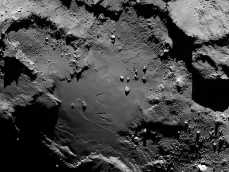 Imagem da sonda Rosetta revela detalhes da superfície do cometa Churyunov-Gerasimenko