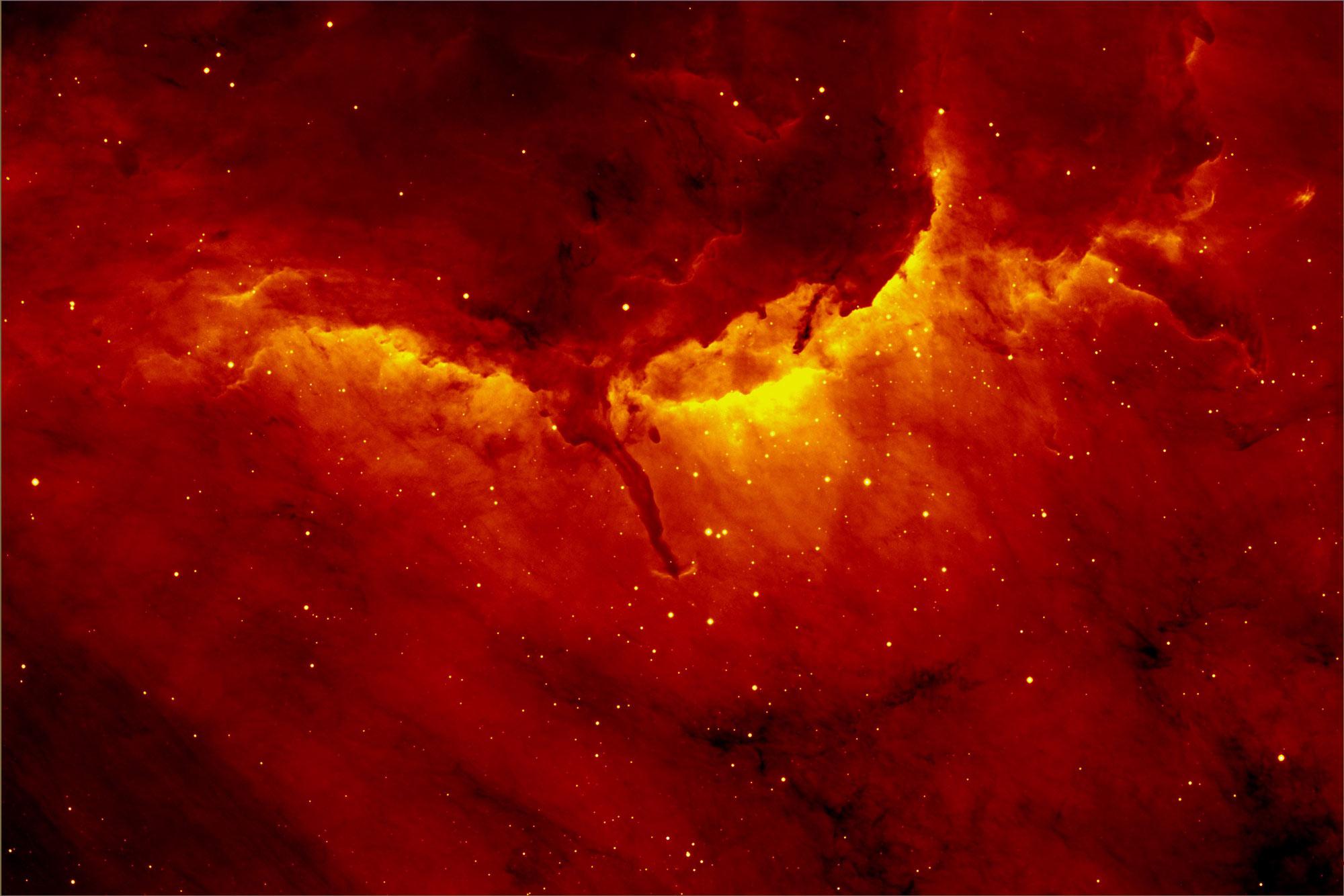 Imagem da nebulosa do Pelicano obtida pelo projeto que produziu o novo catálogo da Via Láctea.