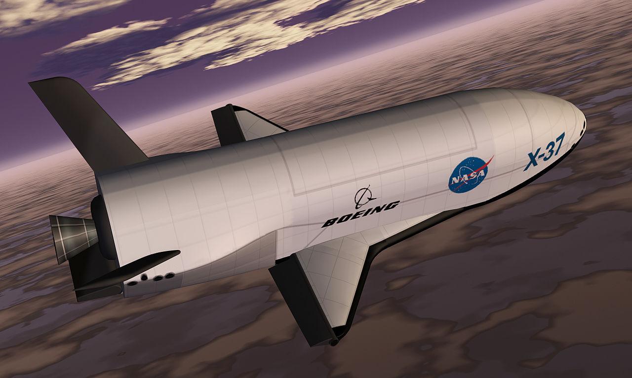 Concepção artística do X-37, na época em que o projeto ainda era civil e da Nasa.