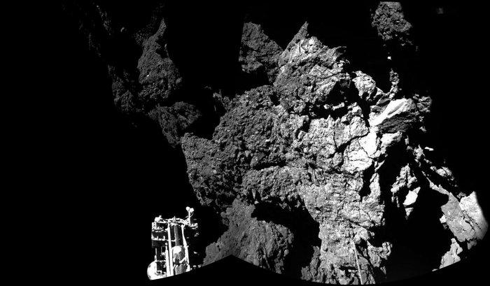 Imagem mostra um dos pés do Philae, na superfície do cometa.