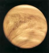 Dois estudos colocam em xeque detecção de fosfina na atmosfera de Vênus