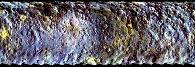 Mapa de Ceres com exagero de cores, feito pela Dawn (Crédito: Nasa)