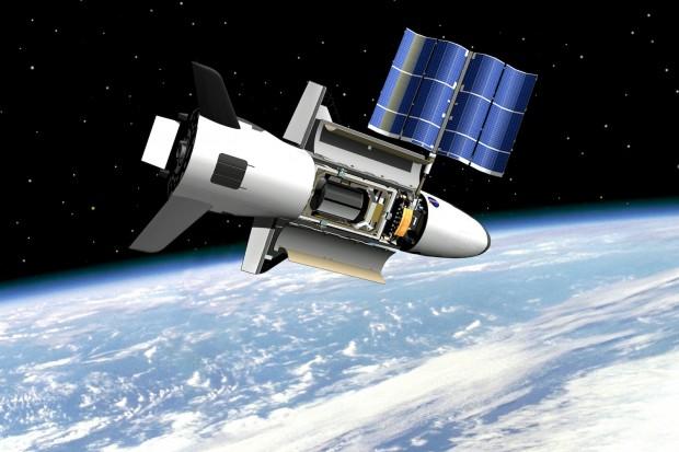 Concepção artística do X-37 no espaço (Crédito: Nasa)