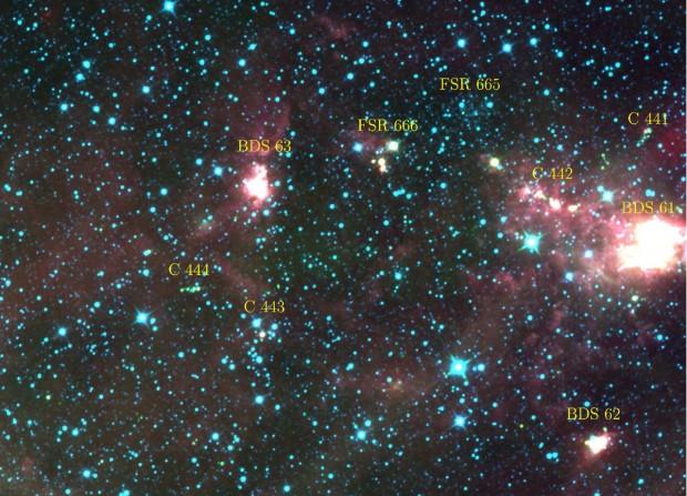 Alguns dos aglomerados estudados pelos brasileiros, em imagem do satélite Wise (Crédito: Nasa/Camargo et al.)