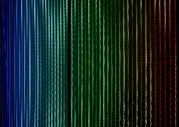 Imagem dos dois pentes de frequências laser testados no Harps (Crédito: ESO)