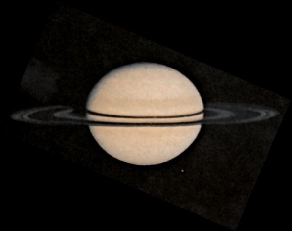 Saturno fotografado, maomeno, pela sonda Pioneer 11, em 1979. (Crédito: Nasa)