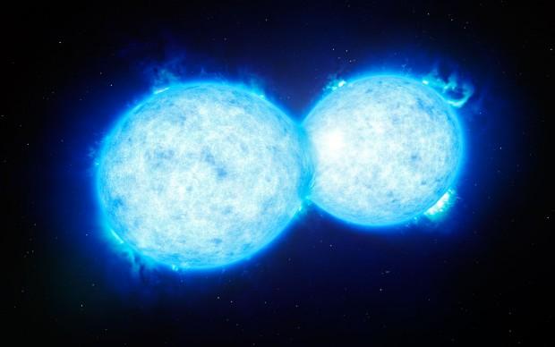 O objeto conhecido como VFTS 352 é composto por duas estrelas azuis, de alta massa, prestes a se fundir. (Crédito: ESO)