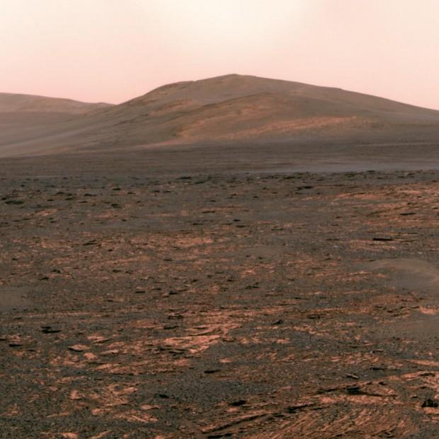 O jipe Opportunity desceu num leito seco de um mar, em Meridiani Planum, Marte (Crédito: Nasa)