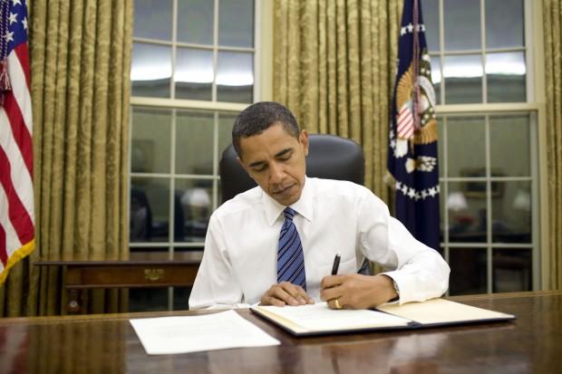 Barack Obama acaba de promulgar lei que garante direito de propriedade sobre recursos de asteroides (Crédito: Whitehouse.gov)