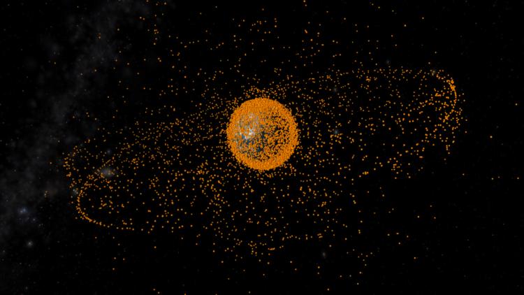 Concepção artística dos detritos espaciais monitorados constantemente pelas agências espaciais para evitar colisões (Crédito: ESA)