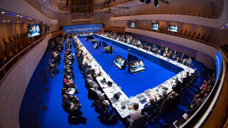 Reunião ministerial da ESA, com presença de todos os países-membros, nos dias 1 e 2 (Crédito: ESA)