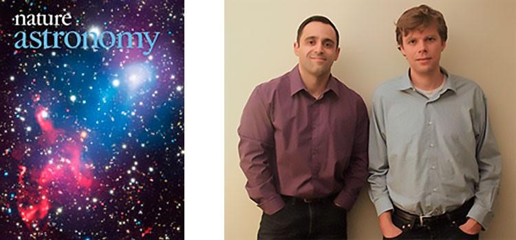 """Felipe Andrade-Santos e Reinout van Weeren, do CfA, e a capa da primeira edição da """"Nature Astronomy"""", de janeiro de 2017. (Crédito: Nature)"""