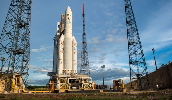 Lançamento do SGDC foi considerado um sucesso. Equipamento deverá estar posicionado na sua rota orbital em dez dias - Foto: Internet/ Reprodução